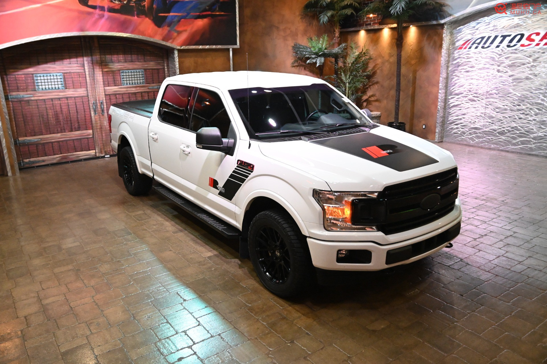 Used-2018-Ford-F-150-ROUSH-SUPERCHARGED-MONSTER-!! (2).jpg